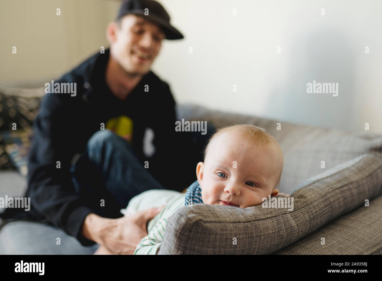 Vater mit baby Stockfoto