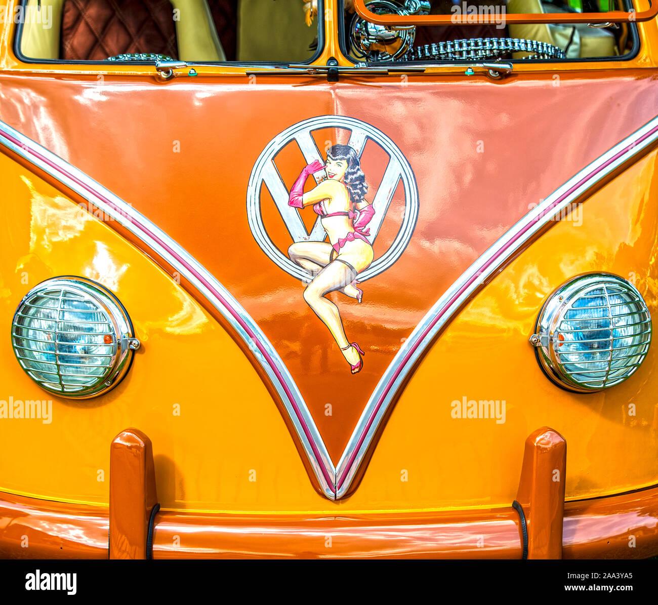 VW Volkswagen T1 Doppelkabine Pick-Up Blau mit Weiss Bully Bus 1950-1967 ca 1//..