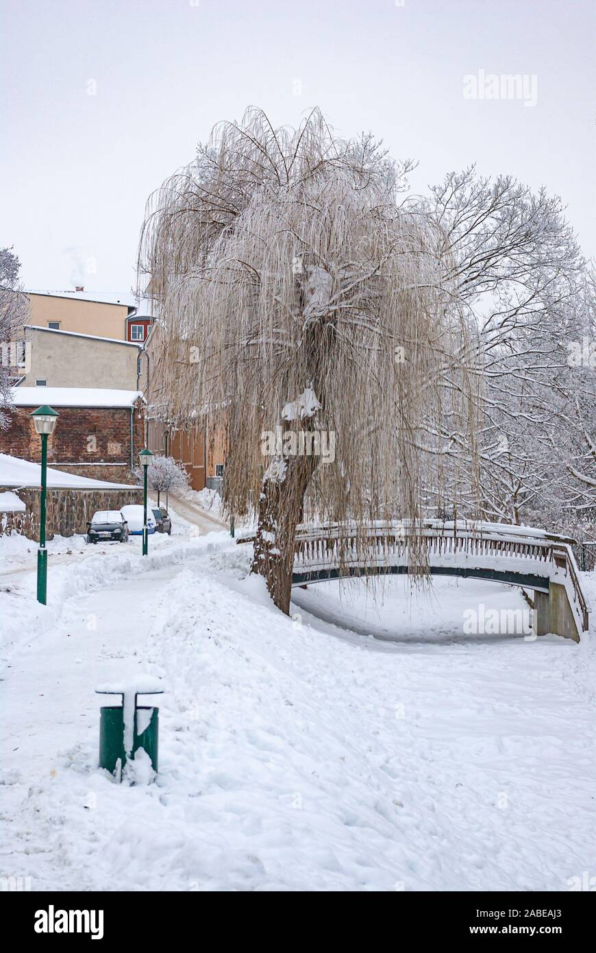 Starke Schneefälle in der ehemaligen Hansestadt haben jetzt endlich über den Winter gebracht. Stockfoto