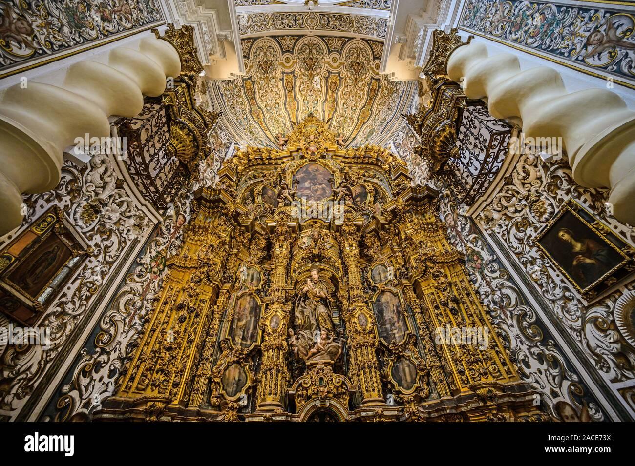 Reich verzierte VERÄNDERN IM 18. JAHRHUNDERT IGLESIA DE SAN LUIS DE LOS FRANCESES, Sevilla, Spanien Stockfoto