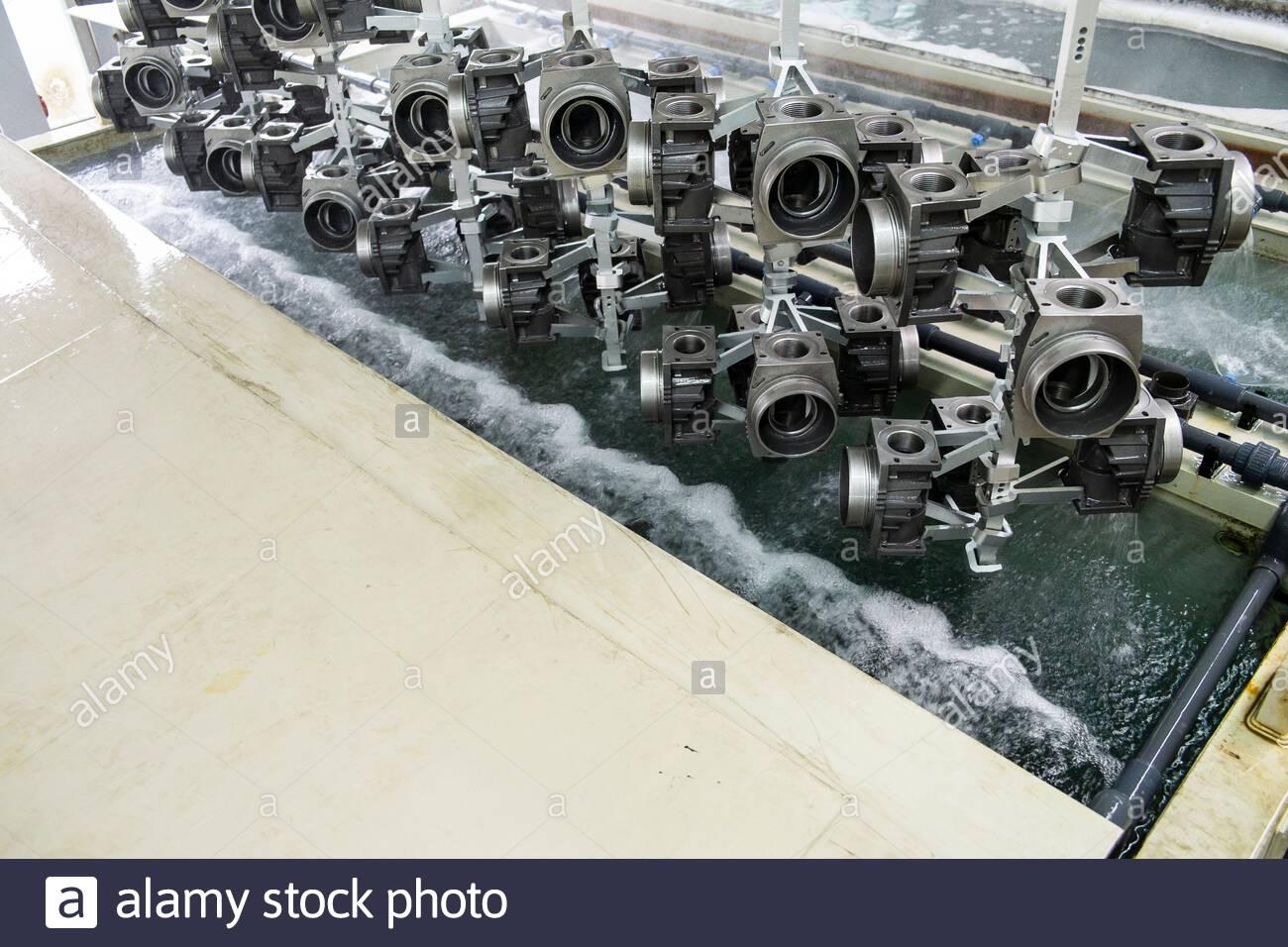 Galvanizierung in Industrie Betrieb Stockfoto
