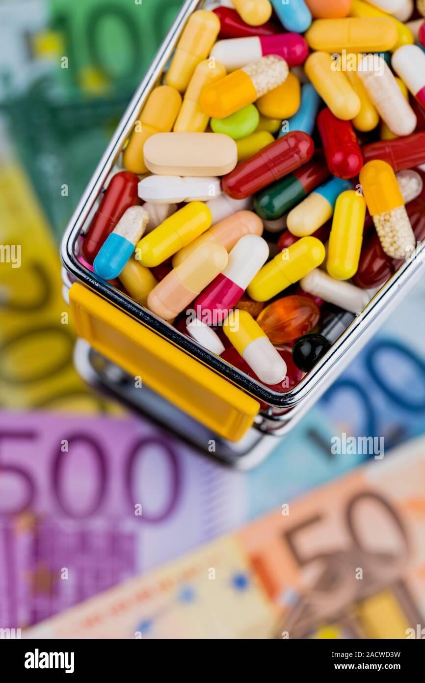 Tabletten, Warenkorb, Euro Stockfoto
