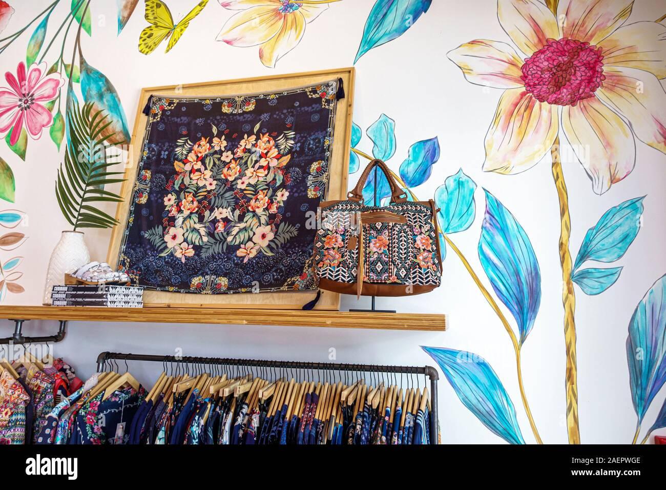 Orlando Florida Lake Buena Vista Disney Federn einkaufen Stockfoto