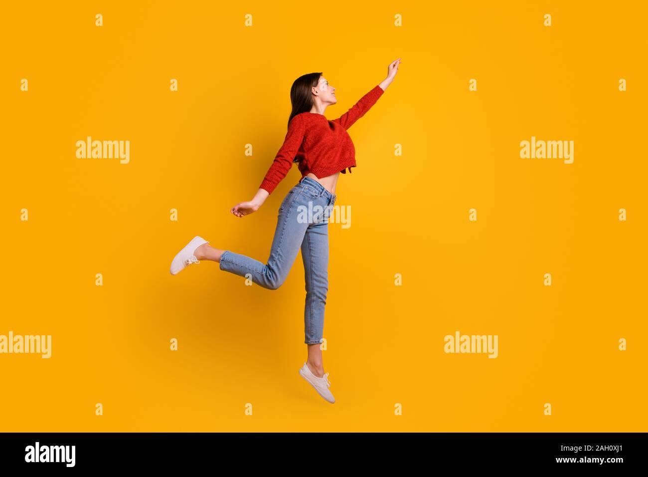 Girl Star Jump Air Stockfotos & Girl Star Jump Air Bilder