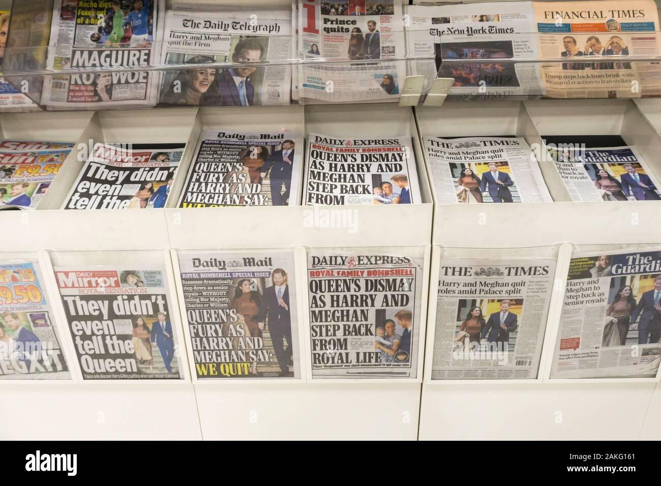 """Vereinigtes Königreich, 09. Januar 2020. Britische Zeitung Schlagzeilen reagiert auf die Nachricht, dass der Herzog und die Herzogin von Sussex sind zu """"Schritt zurück als älterer Mitglieder der königlichen Familie'. Kredit städtische Images-News/Alamy. Stockfoto"""