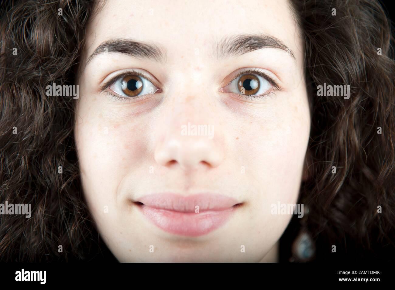 Extreme Nahaufnahme einer jungen Frau Stockfoto