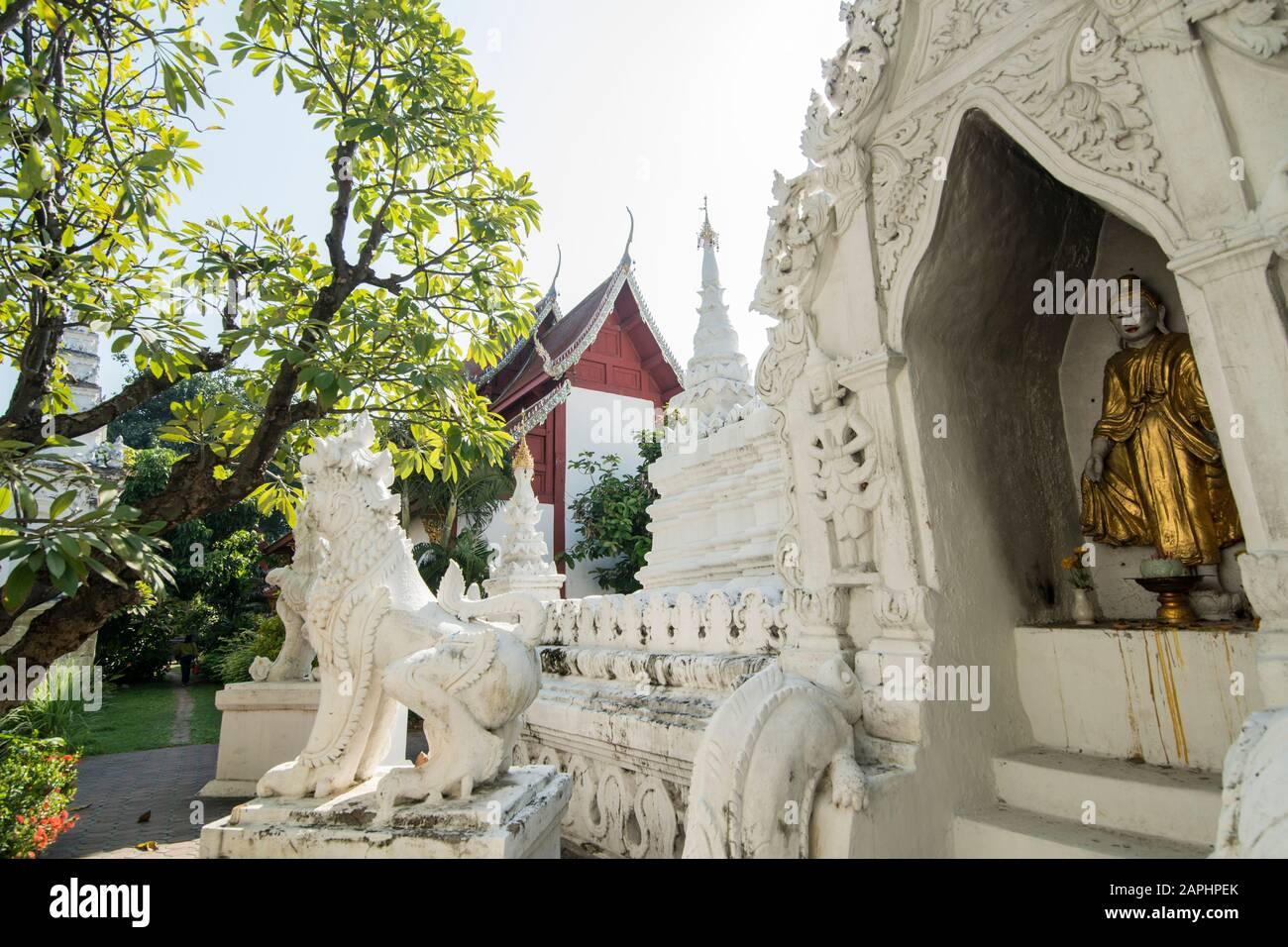 Der Wat Mahawan in der Stadt Chiang Mai im Norden Thailands. Thailand, Chiang Mai, November 2019 Stockfoto