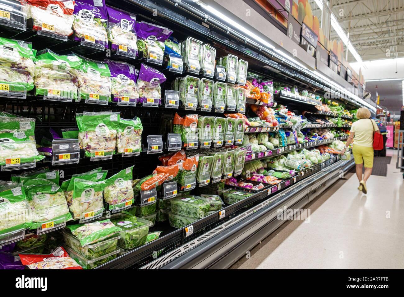 Florida Miami Walmart Discount-Kaufhaus im Inneneinkaufsgeschäft Stockfoto
