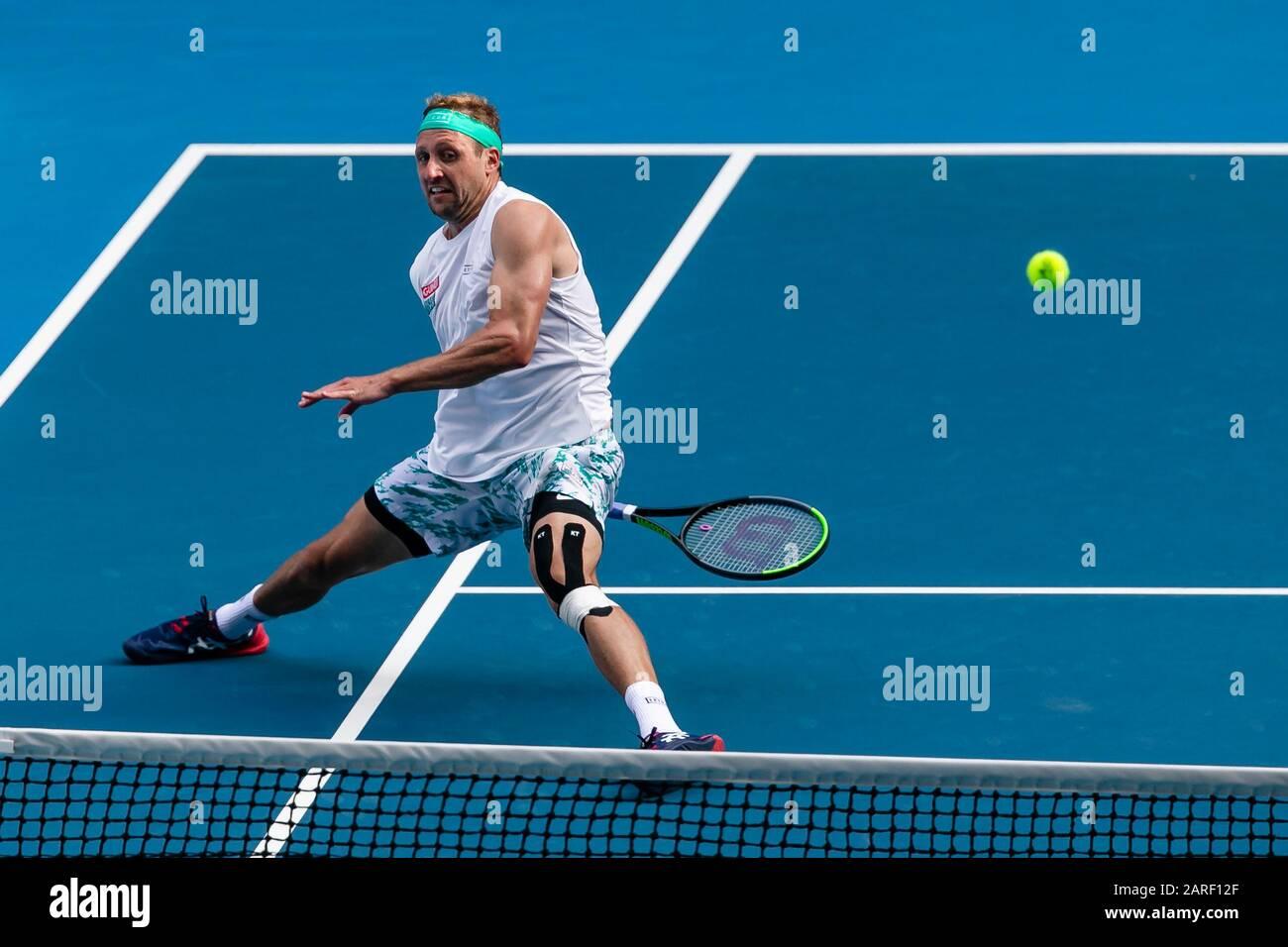 Melbourne, Australien. Januar 2020. Tennis: Grand Slam, Australian Open. Herren, Einzel, Sechzehner-Runde, Sandgren (USA) - Federer (Schweiz). Tennis-Sandgren ist in Aktion. Credit: Frank Molter / dpa / Alamy Live News Stockfoto