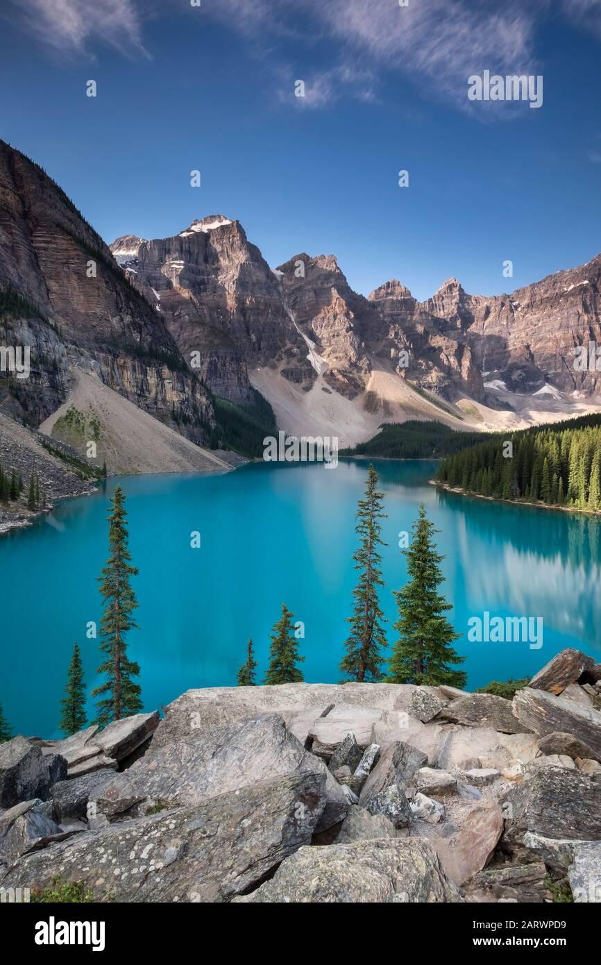 Moraine Lake und das Tal der zehn Gipfel, Banff Nationalpark, Alberta, Kanada Stockfoto