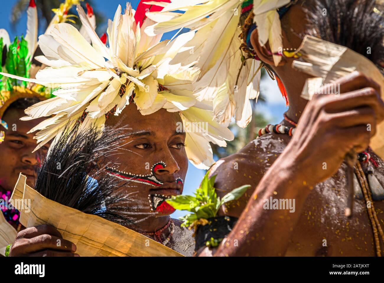 Traditioneller Milamala-Tanz der Trobriand-Inseln während des Festivals der freien Liebe, Kwebwaga, Papua-Neuguinea Stockfoto