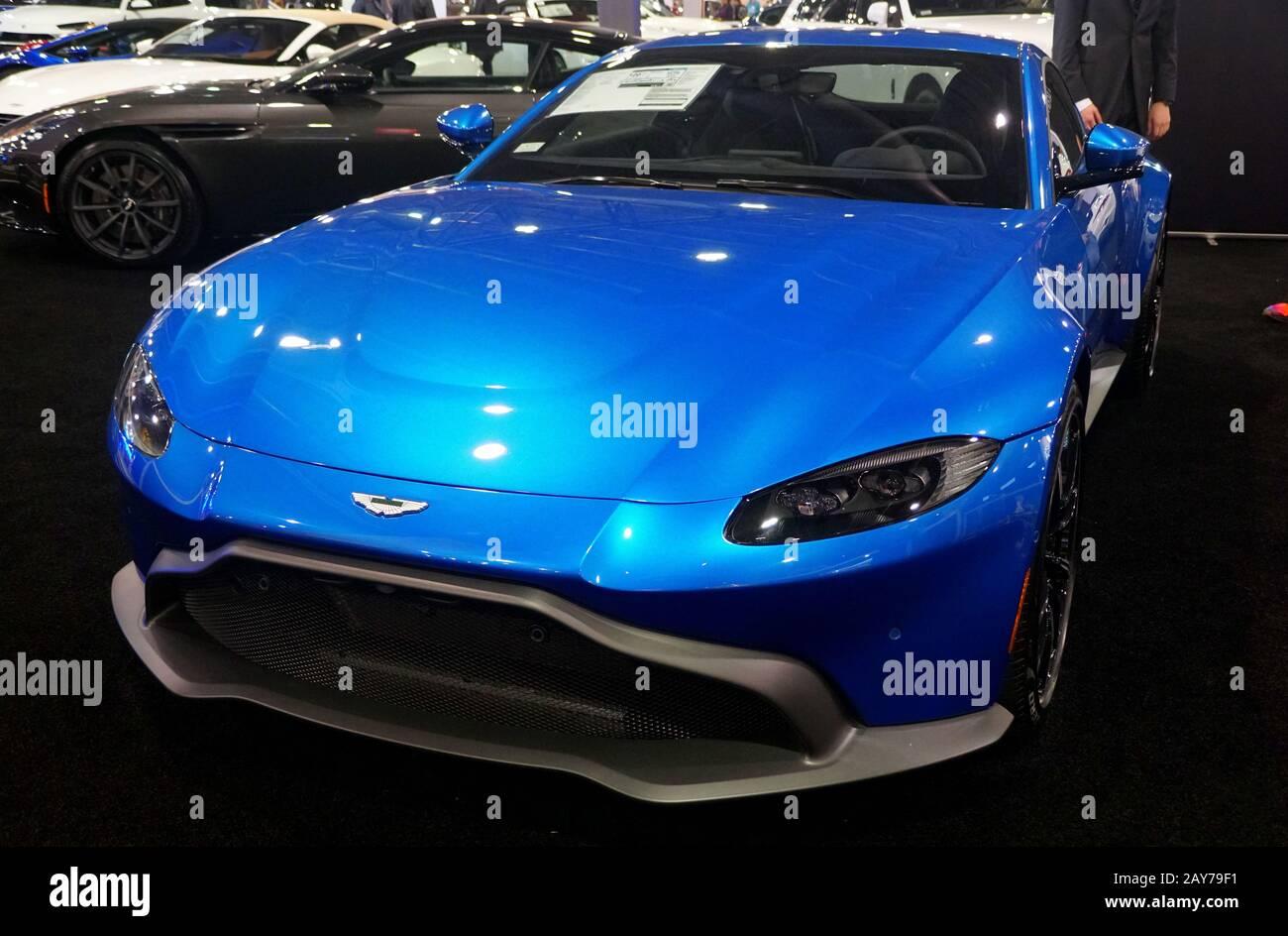 Aston Martin Aussicht S Stockfotos Und Bilder Kaufen Alamy
