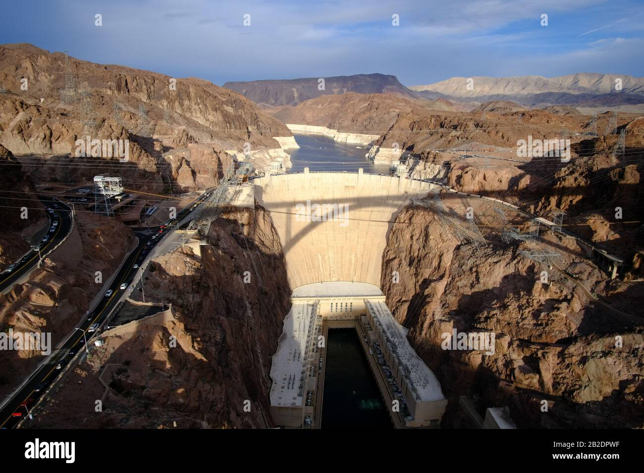 Der berühmte Hoover-Staudamm. Wasserkraftwerk an der Grenze von Arizona und Nevada am See Mead. Stockfoto