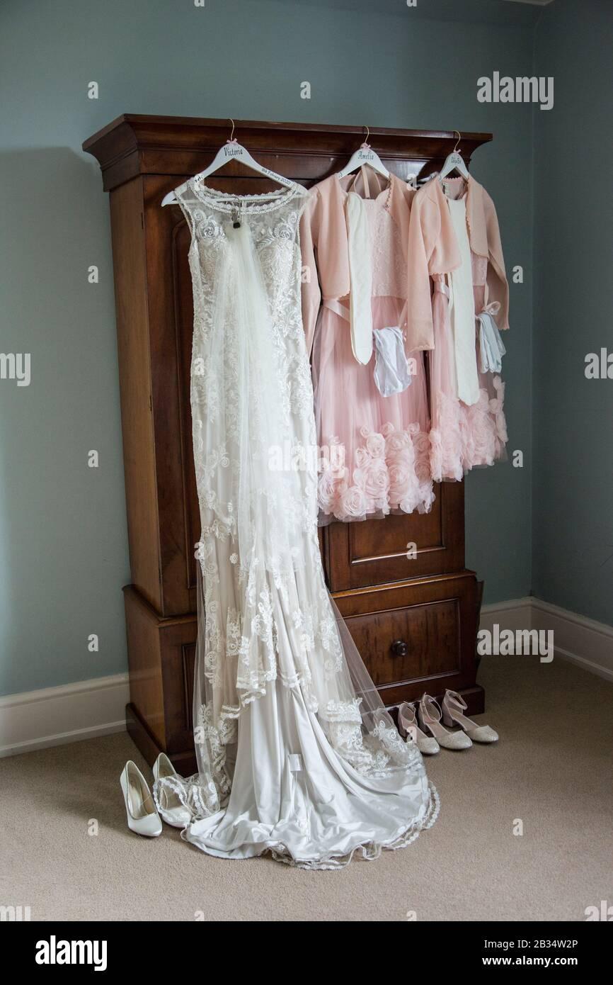 Hochzeit Outfits Stockfotos und  bilder Kaufen   Alamy