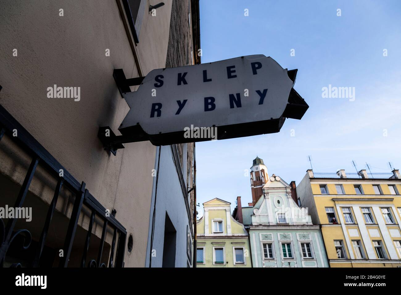 Europa, Polen, Landkreis Nysa, Provinz Opole, Paczkow/Patschkau, Rathaus und Innenstadt Stockfoto