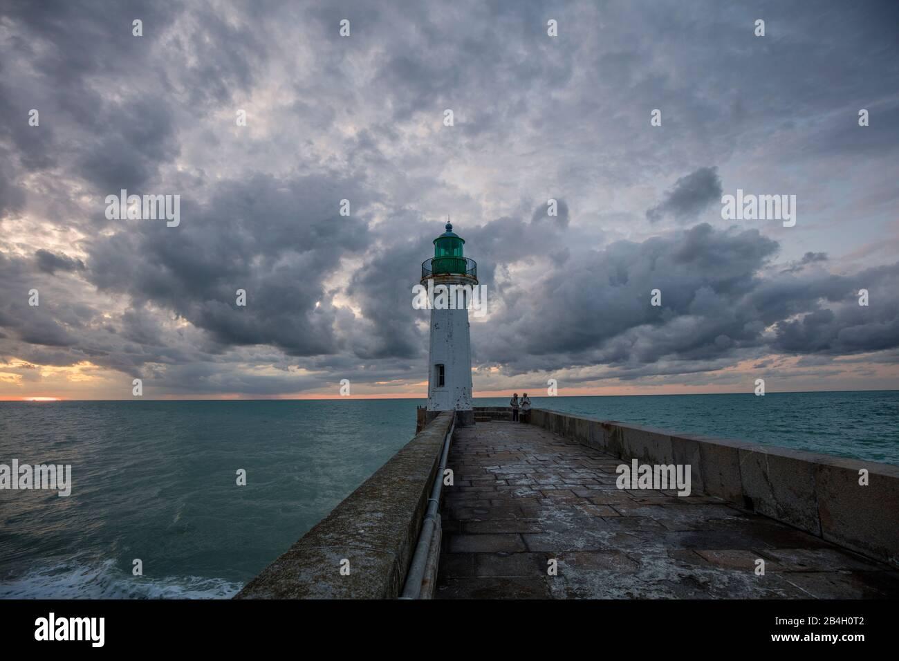 Normandie, Leuchtturm, Wolken, Ärmelkanal, Atlantik Stockfoto