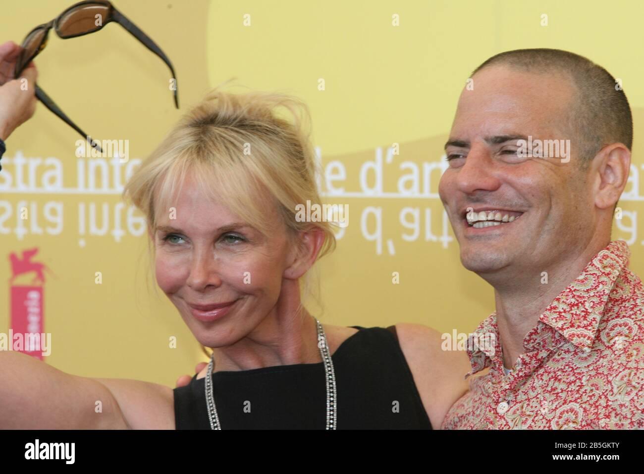"""Venedig, 03/09/2006. 63. Venedig Film Festival. Trudie Styler und Dito Montiel nehmen an der Fotocall für den Film """"A Guide to Erkannte deine Heiligen"""" Stockfoto"""