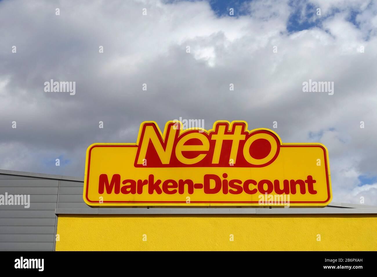 Netto Marken Discount in Berlin Stockfotografie   Alamy