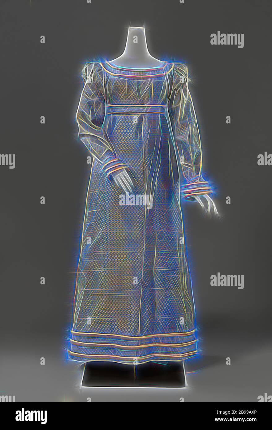 Kleid Geschwollen Stockfotos Und Bilder Kaufen Alamy