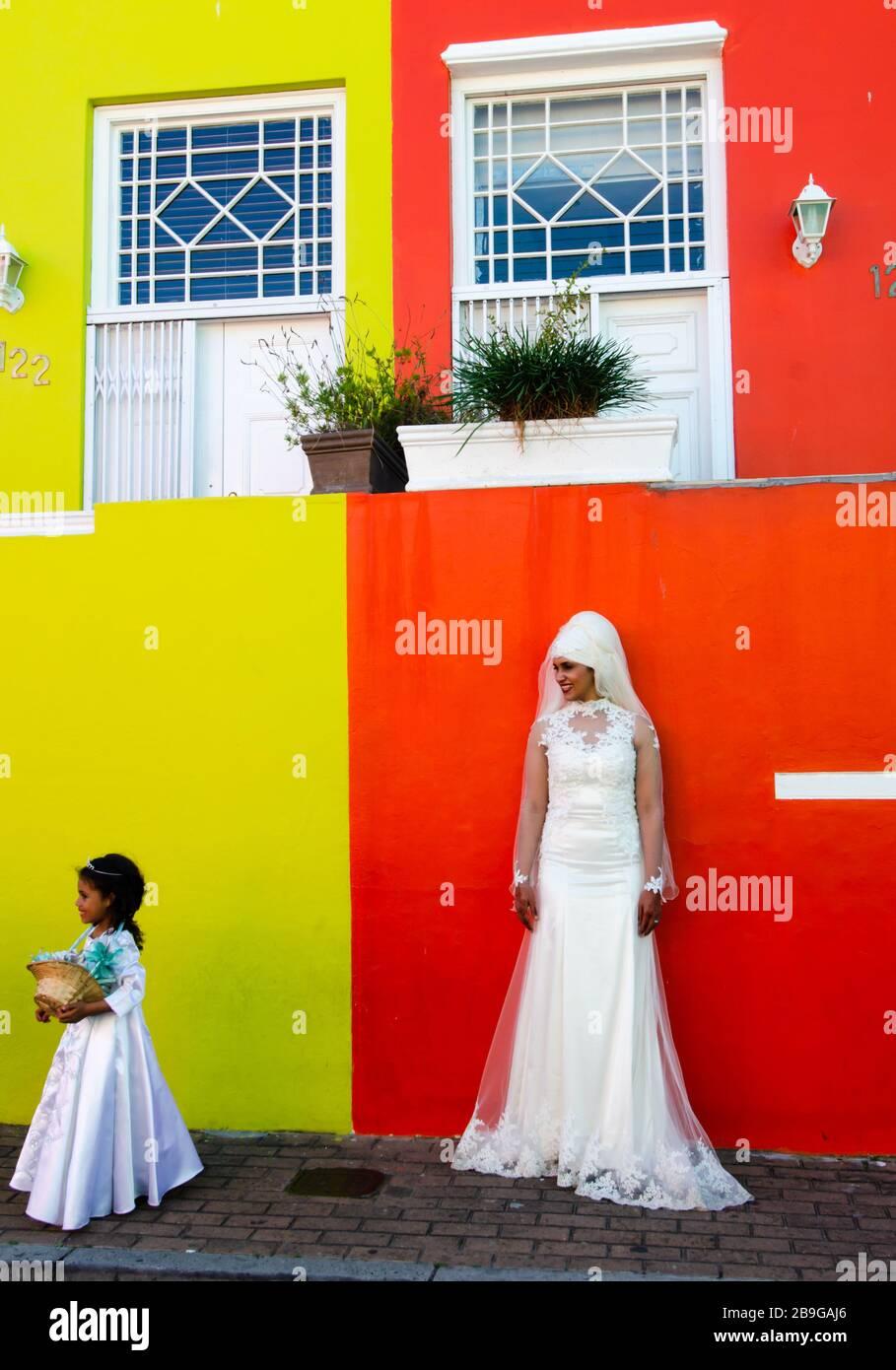 Afrikanisches Hochzeitskleid Stockfotos und -bilder Kaufen - Alamy
