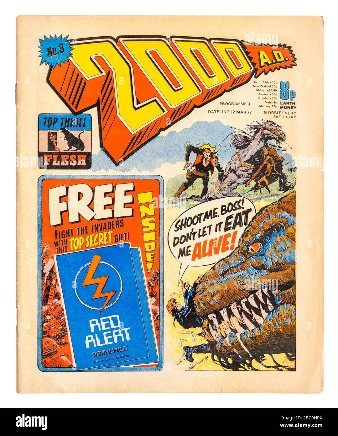 """Frühe Kopie (Nr. 3) von """"2000 A.D."""", dem beliebten britischen wöchentlichen Science-Fiction-Comic aus den 1970er Jahren mit Dan Dare (12. März 1977) Stockfoto"""