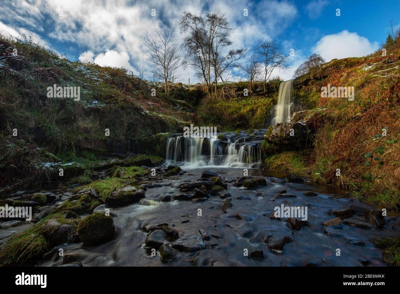 Wasserfall in Blaen Y Glyn' auf Nant Bwrefwr, Nr Talybont, Wales Stockfoto