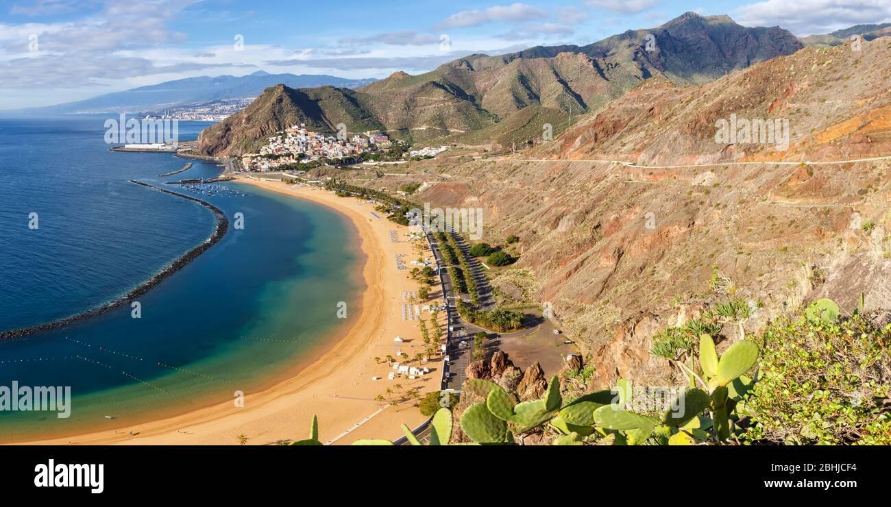 Teneriffa Strand Teresitas Kanarische Inseln Meer Wasser Spanien Panoramablick Reisen Atlantischer Ozean Natur Stockfoto