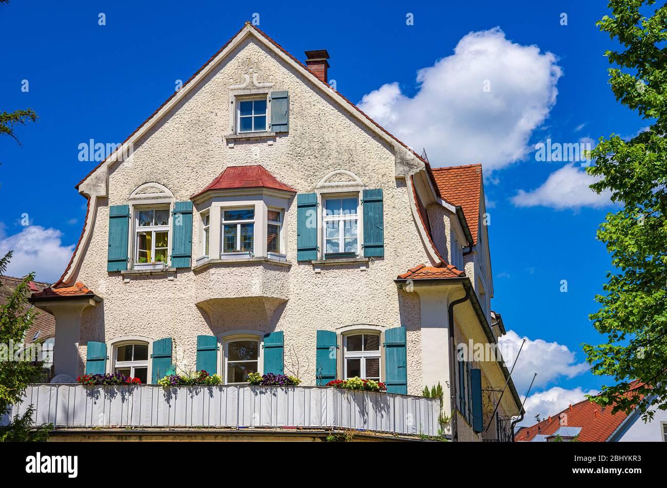 Giebel eines historischen Hauses in der Lingg Straße in der Altstadt von Lindau am Bodensee, Bayern, Deutschland, Europa. Giebel eines historischen Hauses in d Stockfoto