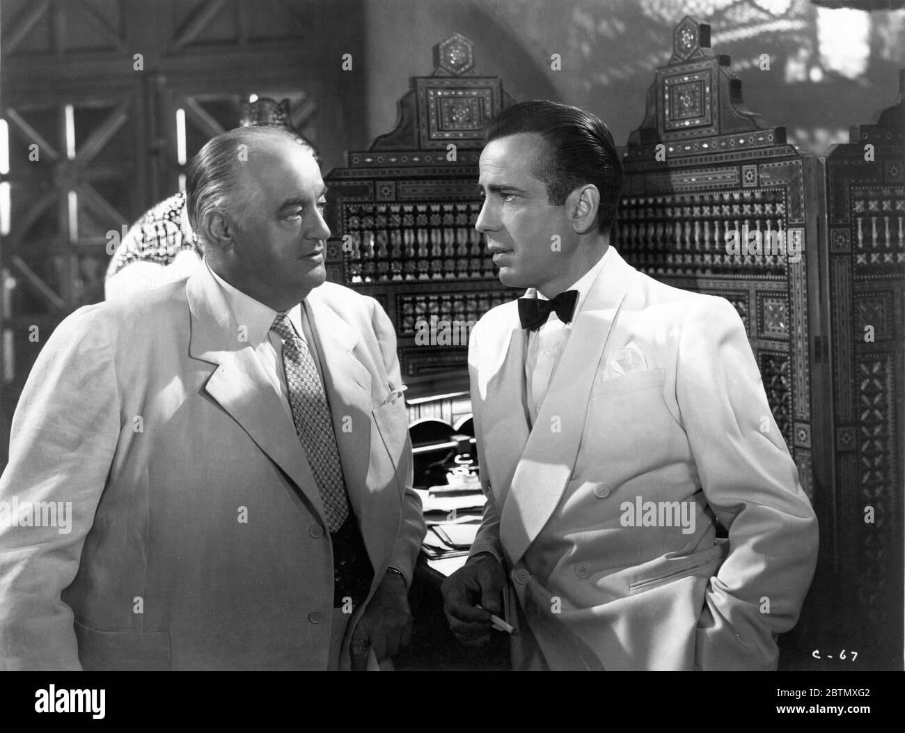 Sydney Greenstreet Als Signor Ferrari Und Humphrey Bogart Als Rick Blaine In Casablanca 1942 Regisseur Michael Curtiz Musik Max Steiner Warner Bros Stockfotografie Alamy