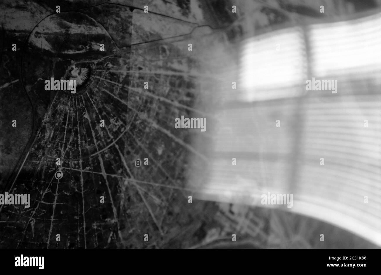 Schwarz-Weiß-Vogelfotografie der geheimen Cobra Mist Radarisolierung, Orfordness, Suffolk, Großbritannien. Stockfoto
