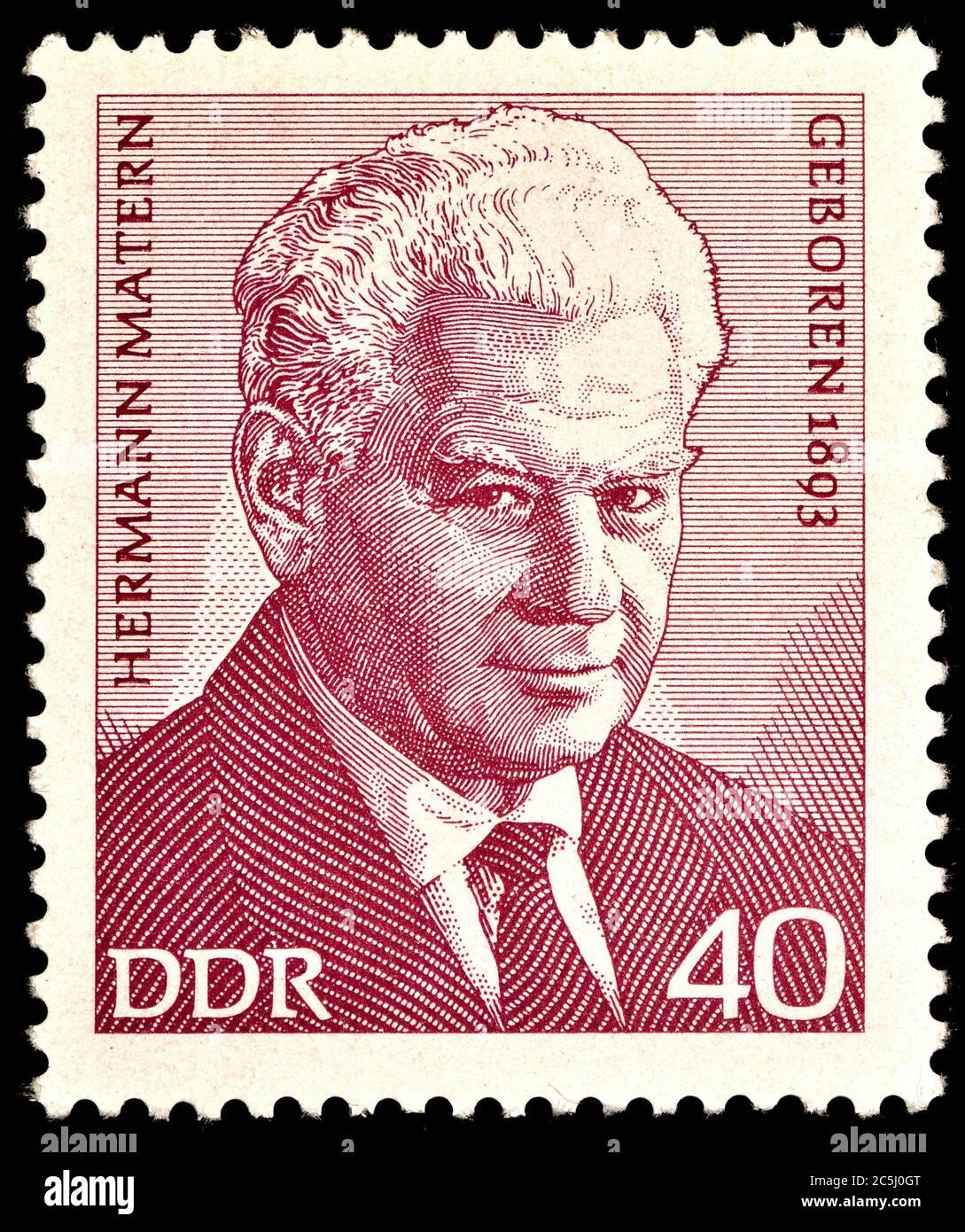 Briefmarke Ostdeutschland (1973) : Hermann Matern (1893 - 1971) DDR-Politiker Stockfoto
