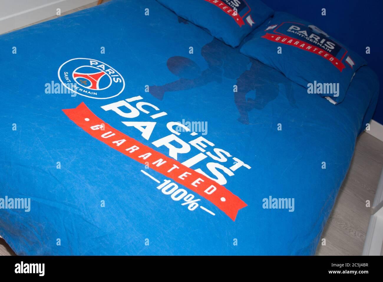 Psg Logo Stockfotos Und Bilder Kaufen Alamy