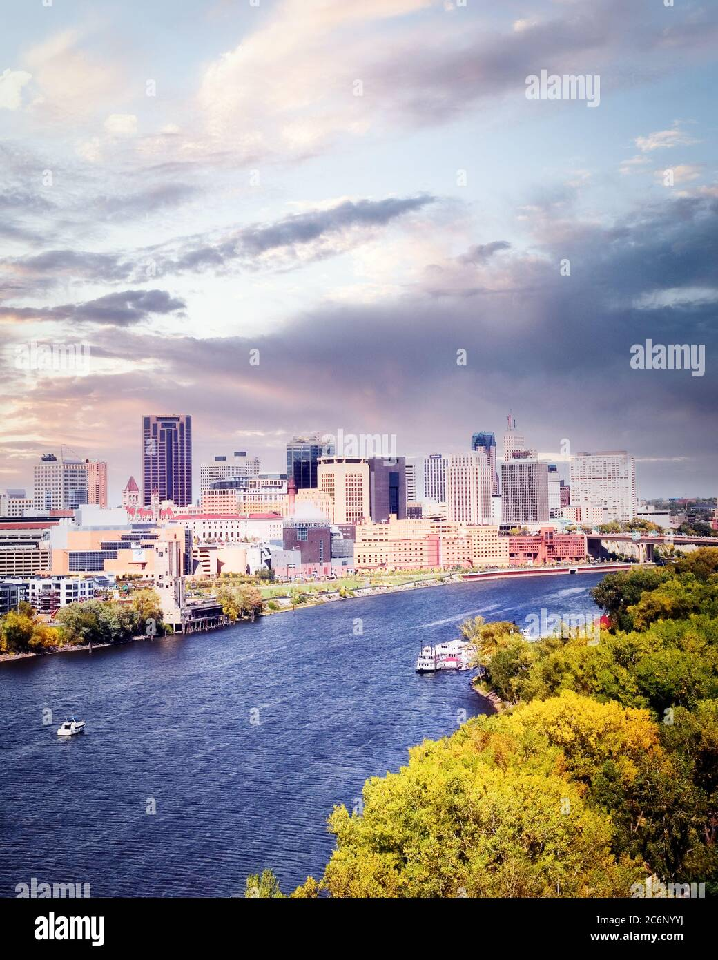 Saint Paul ist am Ufer des Mississippi River gebaut und ist die Hauptstadt von Minnesota. Stockfoto