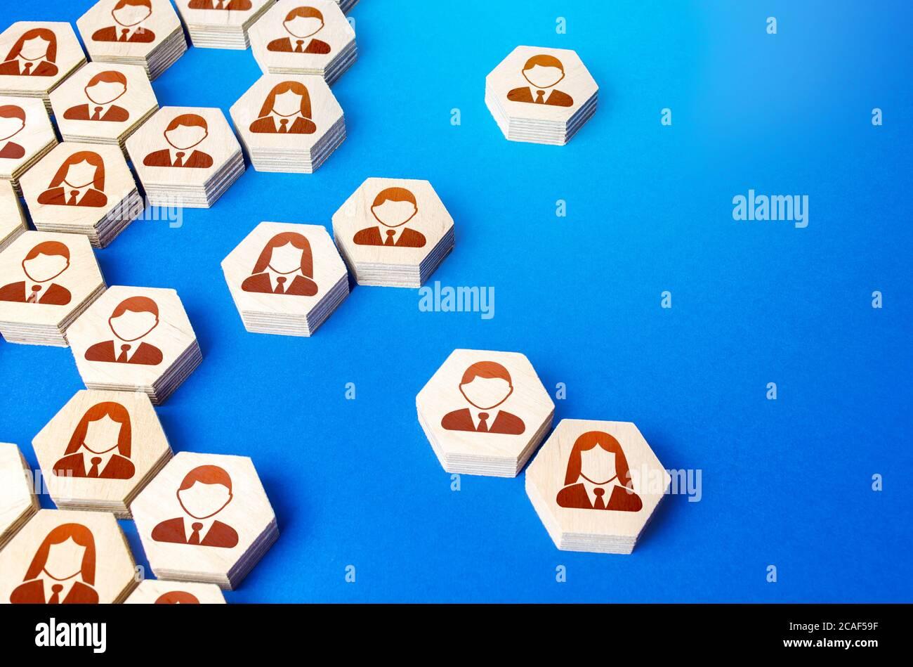 Heterogene soziale Struktur von Mitarbeiterhexagons. Personalbeschaffung und Personalmanagement. Prozess zur Erstellung einer Hierarchie oder eines COM für eine einzelne Geschäftsgruppe Stockfoto