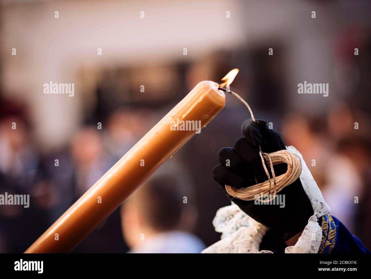 Büßer der Bruderschaft Los Negritos an Prozessionen während der Semana Santa (Karwoche), Sevilla, Andalusien, Spanien Stockfoto