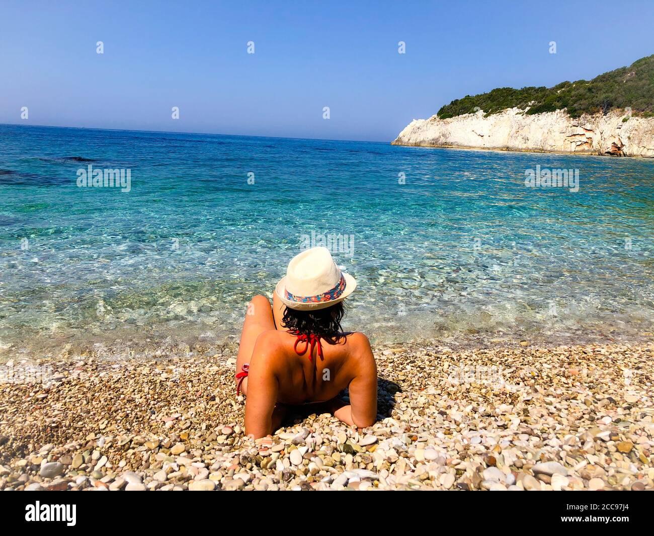 Frau albanien ich suche ein aus Albanien: Wenn