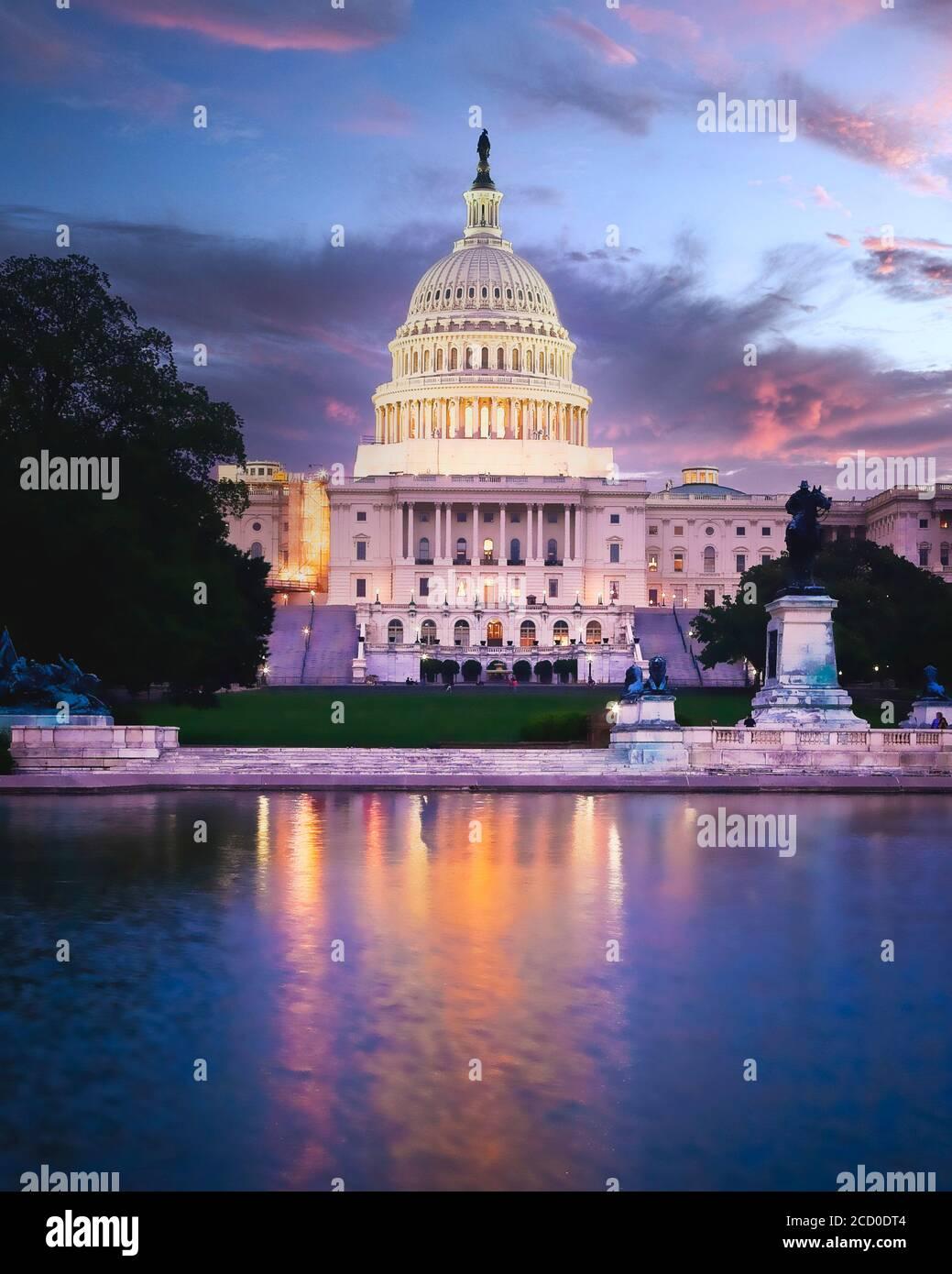 Das US-Kapitolgebäude in Washington, DC beherbergt das Repräsentantenhaus und den Senat. Stockfoto