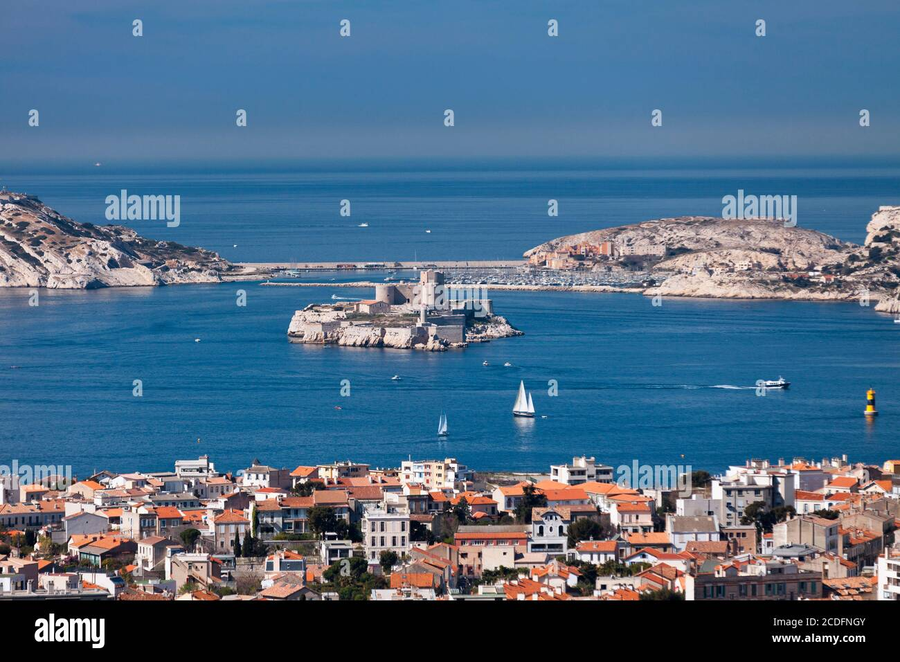 Die Château d'If ist eine Festung (später ein Gefängnis) auf der Insel If, der kleinsten Insel im Frioul-Archipel im Mittelmeer Stockfoto