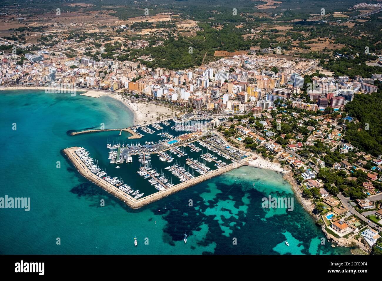 Luftaufnahme des Hafens von Arenal mit Strand und Bucht, S'arenal, Arenal, Ballermann, Mallorca, Balearen, Spanien Stockfoto