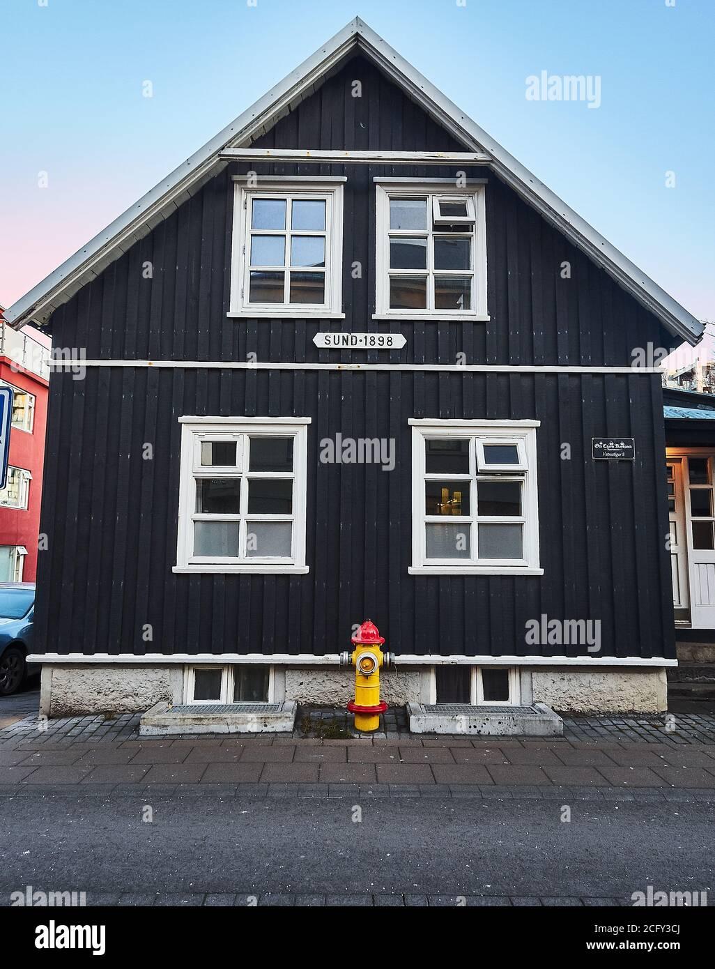 Typische Häuser im Zentrum von Reykjavik, Island Stockfoto