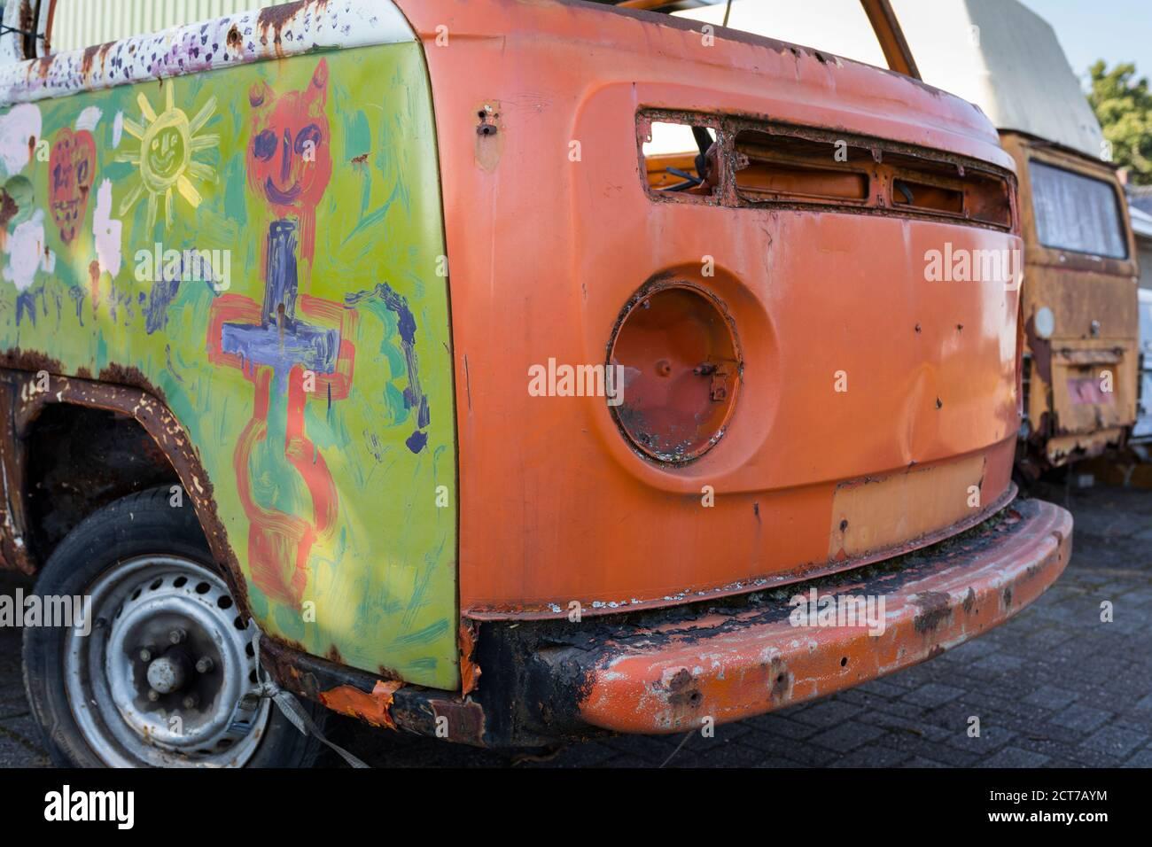 Abandoned Camper Stockfotos und -bilder Kaufen - Alamy