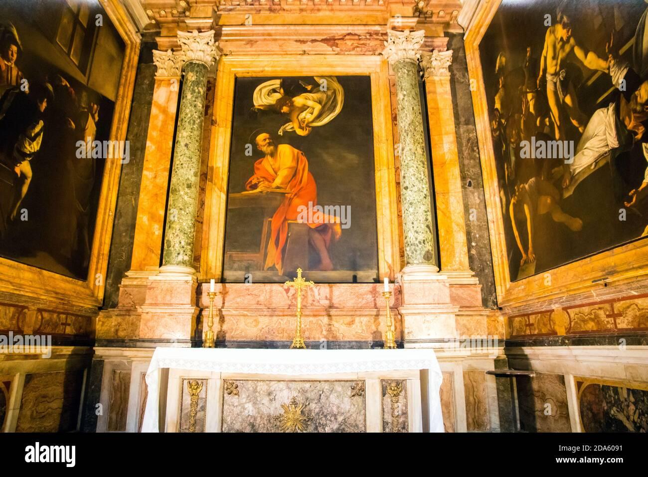 Caravaggio Gemälde die Inspiration des heiligen Matthäus hängen in der Kirche des Heiligen Ludwig der Franzosen in Rom Italien Stockfoto