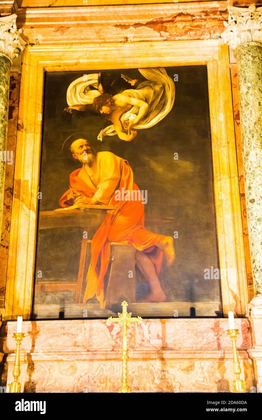 Caravaggio Malerei die Inspiration des heiligen Matthäus hängenden Kirche Saint Louis der Französisch Francais Kathedrale italienischen Maler Künstler Rom Italien Stockfoto