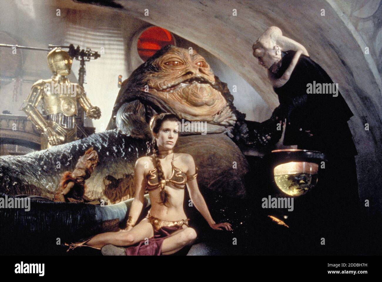 KEIN FILM, KEIN VIDEO, KEIN Fernsehen, KEIN DOKUMENTARFILM - Prinzessin Leia Organa (Carrie Fisher) als Sklavenmädchen in 'Rückkehr der Jedi' im Film Star Wars. Foto von KRT/ABACAPRESS.COM Stockfoto