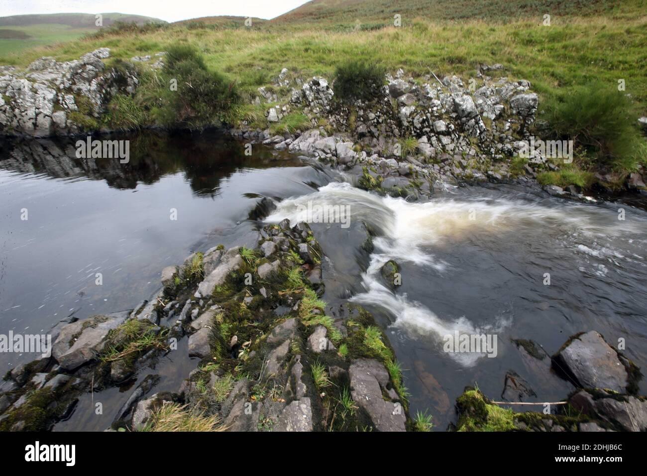 Der Fluss Coquet. Ein Pool gleich unten von Barrowburn.Samstag 3. Oktober 2020. Stockfoto