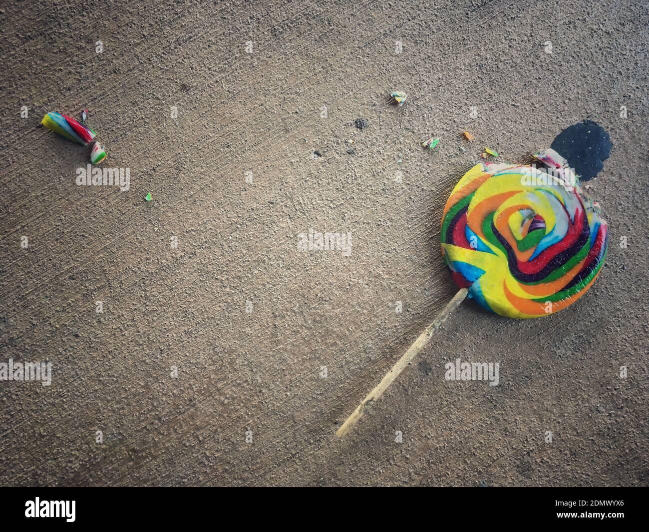 Fallen Lollipop Stockfotos und  bilder Kaufen   Alamy