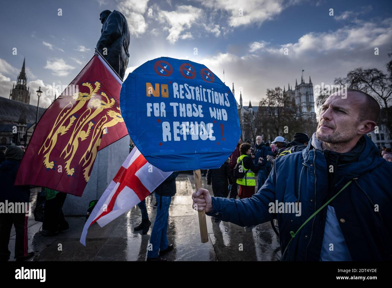 Coronavirus: Anti-Vaxxer-Demonstration auf dem Parliament Square, London, Großbritannien. Stockfoto