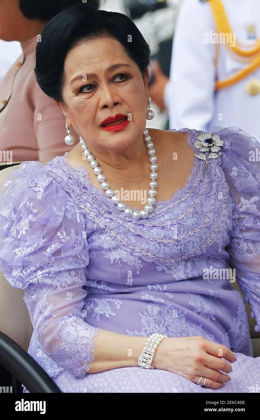 Sirikit tot königin Thailänder sind