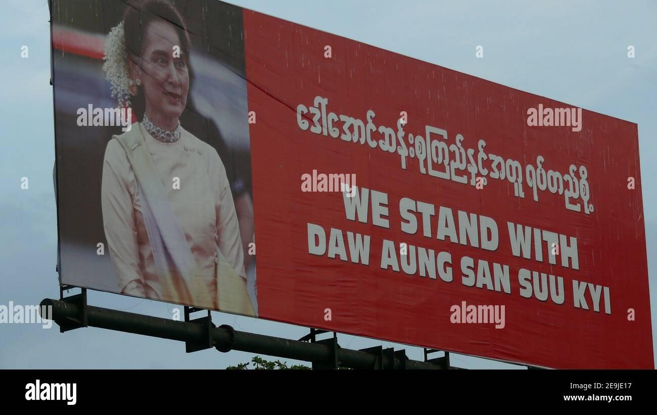 Das Banner mit Myanmar Führer Stockfoto