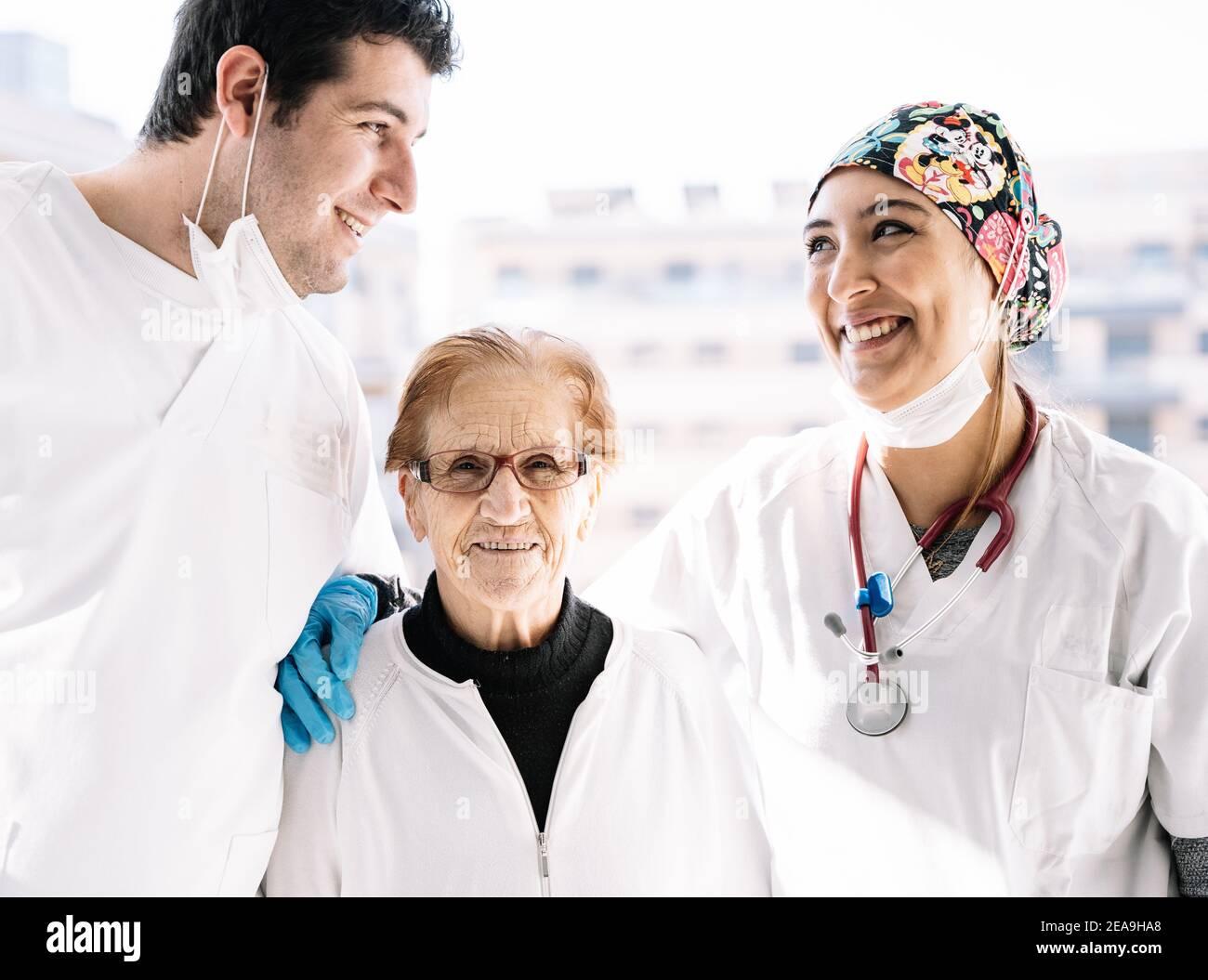 Verliebt in patientin physiotherapeut